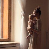 Портрет мамы с ребенком :: Александр Орлов