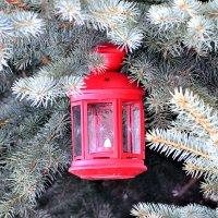 Рождественский фонарик продолжает освещать путь! :: Татьяна Помогалова