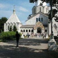 После венчания. Троицкий храм. Балаково. Саратовская область :: MILAV V