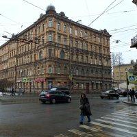 На Лесном проспекте. :: Марина Харченкова