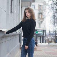001 :: Наталия Никонова