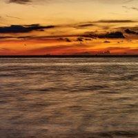 Горнило заката над Карибским морем :: Минихан Сафин
