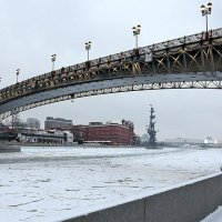 городские контрасты :: Олег Лукьянов