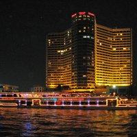 Ночь на реке Чао Прай :: ИРЭН@ Комарова