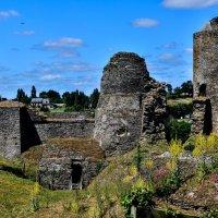 Замок Пуансе (chateau de Pouance) :: Георгий
