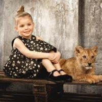 Дети и король джунглей :: Георгий Бондаренко