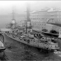 "battleship ""Dante Alighieri"" passes the Ponte Girevole swing bridge at Taranto, 1918. :: Александр"