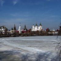 Кремль из фанеры. Измайлово. :: Яков Реймер