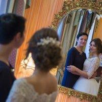 Невеста с мамой :: Егор Чеботаренко