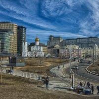 Весна в Москве. Плащадь Белорусского вокзала. :: Игорь Герман