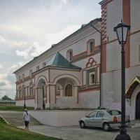 Настоятельский корпус :: Галина Каюмова
