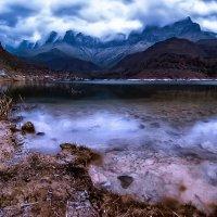 Горное озеро :: Вячеслав Ложкин