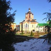 Крестовоздвиженская церковь :: Сергей Кочнев