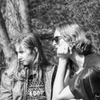 Мама и дочка :: Денис Косенюк