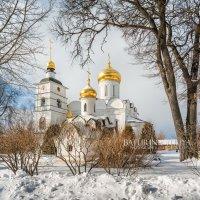 В Борисоглебском монастыре Дмитрова :: Юлия Батурина