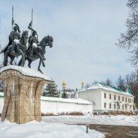 Памятник Борису и Глебу :: Юлия Батурина