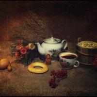 Композиция с чаем и матрёшкой :: Максим Минаков