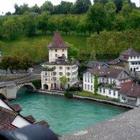 У берегов реки Ааре, на фоне великолепного пейзажа стоит Берн — столица Швейцарии. :: backareva.irina Бакарева