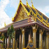 Ват Пхракео - главный храмовый комплекс Таиланда, известен как храм Изумрудного Будды :: ИРЭН@ .