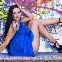 ..синее  платье.................. :: Георгий Никонов