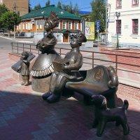 Памятник Дымковской игрушке.  Киров :: MILAV V