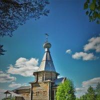 Ферапонтово.Действующая церковь :: Валерий Талашов