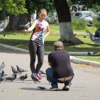 Фотосессия с голубями :: Вячеслав Маслов