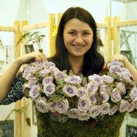 и цветочное платье к лицу :: Олег Лукьянов