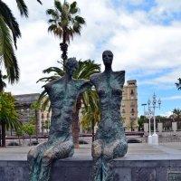 Скульптура на Набережной Барселоны :: Татьяна Ларионова