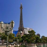 Заканчиваем путешествие в Лас Вегасе. Отель Париж и знаменитая башня (штат Невада. США) :: Юрий Поляков