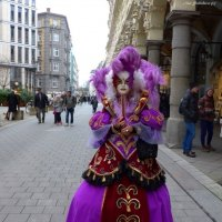 Venezianischer Karneval in Hamburg. Дама в лиловом с бардо :: Nina Yudicheva