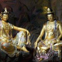 На экскурсии в храме :: Владимир Шадрин