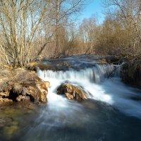 Водопад на речке :: Елена Маковоз