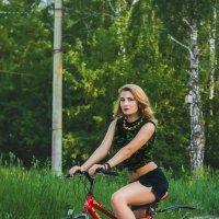 Анна на велосипеде :: Роман