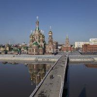 Вид на храм Благовещения Пресвятой Богородицы. :: Анатолий Грачев
