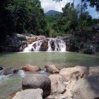 Вьетнам водопад :: Валерий Баранчиков