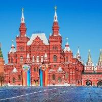 Исторический музей накануне Дня Победы :: Юлия Батурина