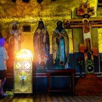 Внутреннее убранство  храма :: Валерий