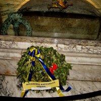 Пантеон..Рим...здесь  похоронен  Рафаэль... :: backareva.irina Бакарева
