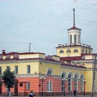 Железнодорожный вокзал :: Галина Каюмова