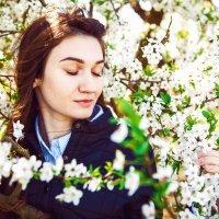 Аромат весны :: Инна Башминова