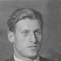Один из трёх братьев, мой дядя :: Юрий Поляков