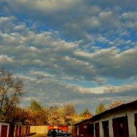 небо над гаражами :: Александр Прокудин