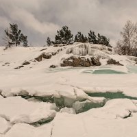 Тают льды... Весна. :: Сергей Герасимов
