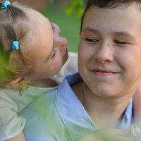 братик и сестренка :: Виктория Доманская