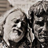 Израильские дуэты  Скульптор Г  Потоцкий и его работа В Высоцкий :: олег свирский