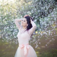 Цветок среди цветов... :: Anna Klaos