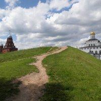 дорога к храму :: Владимир