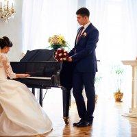 Романтические свадебные моменты :: Александр