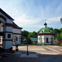 Храм Живоначальной Троицы в Старых Черемушках :: Ольга (crim41evp)
